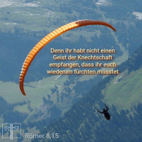 Die Wiedergeburt (Johannes 3,5) bietet Zugang zu dem Recht von Angstzuständen befreit zu werden. #angst #panik #furcht #geistderknechtschaft lese www.gottes-wort.com/angst-und-panik.html