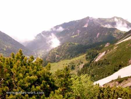 Ausssicht auf Alpen - Gamprin, Liechtenstein